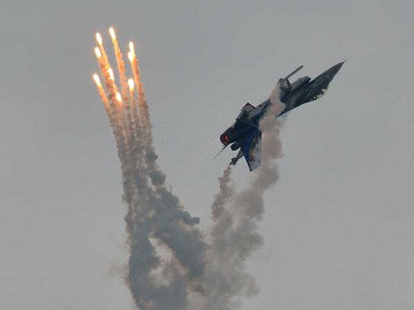 Belgische F-16 demo (Foto Peter Steehouwer)