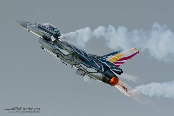 Belgische F-16 demo (Foto: Raf Verheye).